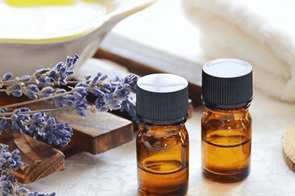 Эфирные масла против себореи, перхоти и фолликулита