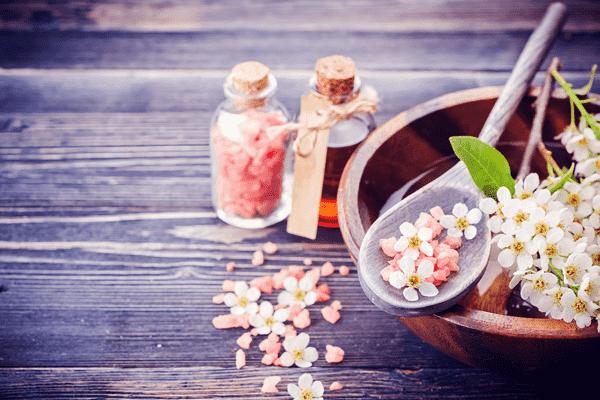 Как применять эфирные масла в быту и домашнем хозяйстве - советы и секреты