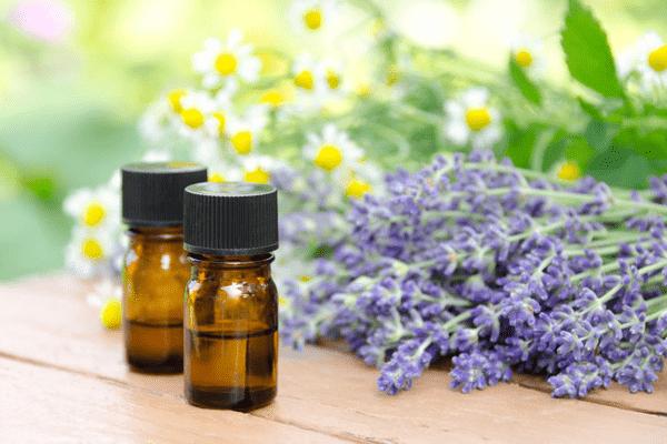 Лечение угревой сыпи эфирными маслами